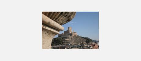 233_es_imagen2-castillo2_biar.jpg