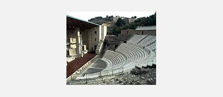 437_es_imagen2-teatro1.jpg