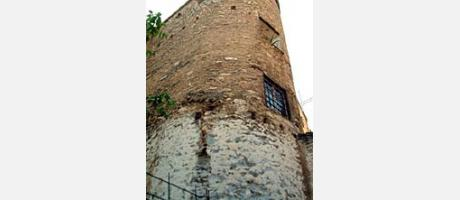Img 2: THE TOWER BACKING ON TO THE MOORISH WALL BETWEEN ÁNGEL BENEITO AND COLL STREETS