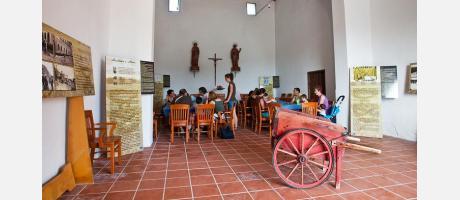 Interior de la ermita de los santos Abdon y Senent donde está ubicado el museo del arroz