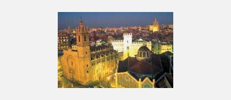 Vista nocturna de Valencia del centro histórico