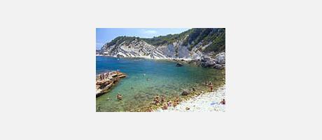Img 1: Sardinera Cove