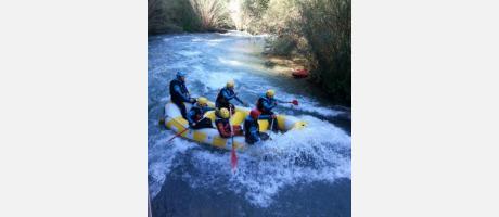Rafting con Máxima Aventura