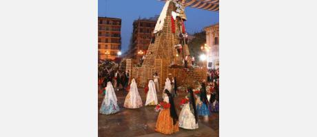 Fallas 2014. Ofrenda a la Virgen