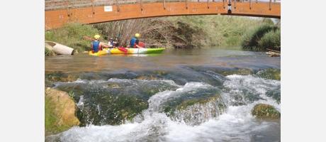 Kayak en el río Turia con Valencia Adventure
