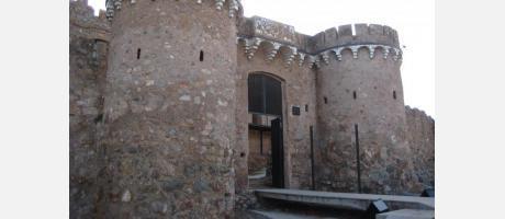 Foto puerta castillo