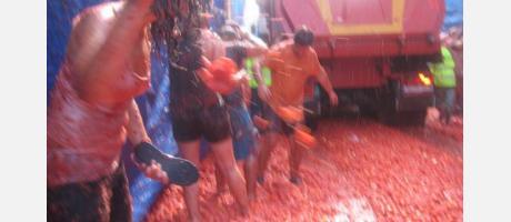 120 toneladas de tomates