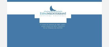 Fondo azul y sobre franja blanca el nombre del Festival Mediterrani