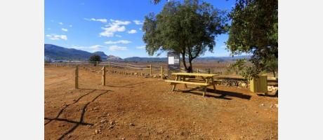 Zona de picnic en el 442, campo de aviación de Vilafamés