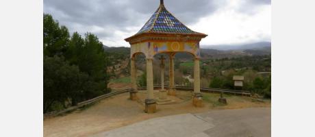 Cruz cubierta del santuario de Balma