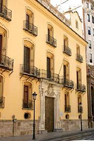 Img 1: THE MARQUIS DE HUARTE OR DE PEÑALBA MANSION (Urquijo Bank Headquarters)