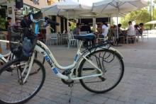 Cycling in Valencia with BEbike