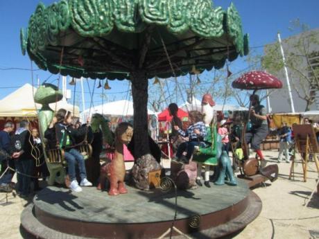 Castellón: cultura y alegría en la feria alternativa