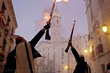 Moros y Cristianos en Bocairent, la fiesta que supera el frío
