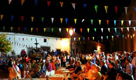Summer Festival in Costa-Camarocha-Collao