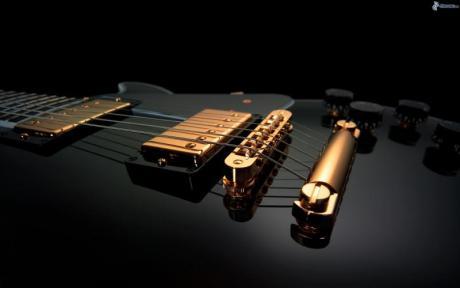 Guitarrista Graham Foster
