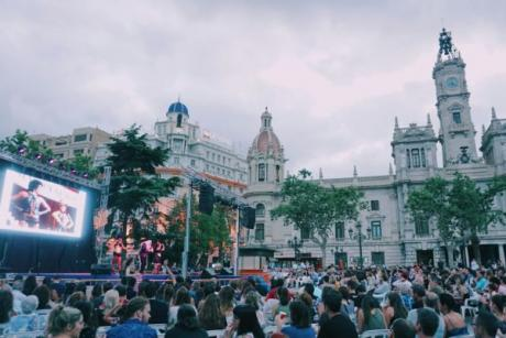 Big Fair of Valencia: let's celebrate summer is here!