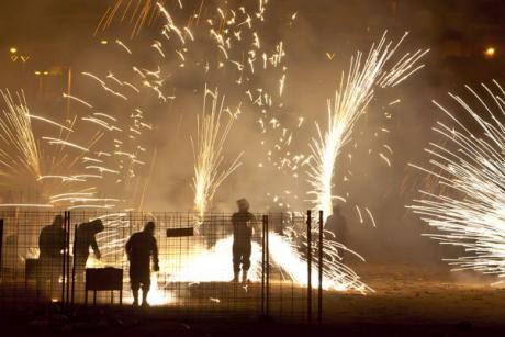Juega con el fuego en La Cordà de Paterna