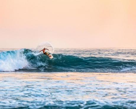 Las mejores playas de Alicante para practicar deporte en otoño/invierno