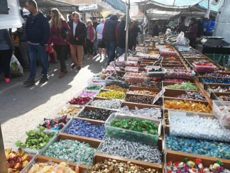 Mercados y mercadillos playeros en Benidorm
