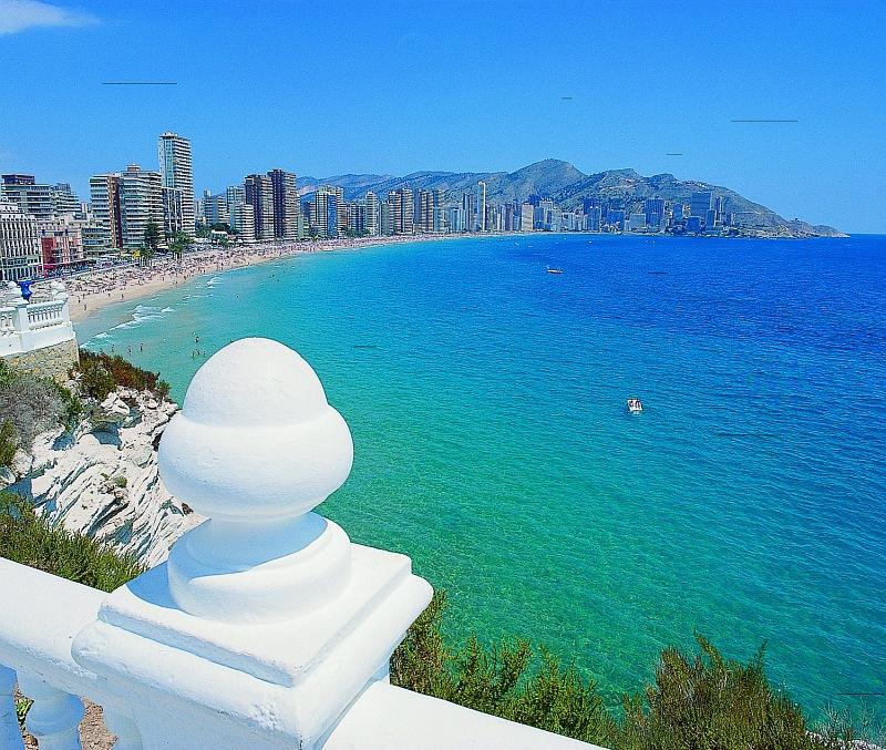 Benidorm desde el mirador del mediterr neo for Mirador del mediterraneo